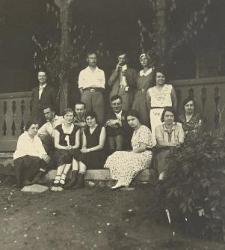 Studenci Zakładu Zoologii UW przy schronisku nad Wigrami
