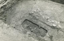 Tower foundation wall and grave 4-59, burial cut