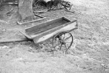 Two-wheeled wagon