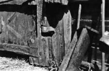 A bottom hinge at a barn doors