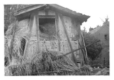 A gable roof (plough-like structure)
