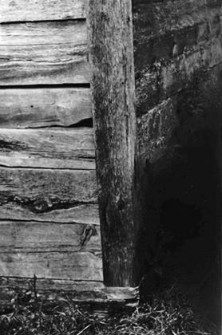 A pillar setting on a sill plate (in a post-and-plank barn)