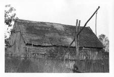 A frame barn (planks)