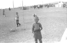 Nadom w somonie - widzowie przed areną Nadomową