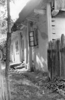 External-pillar/post construction