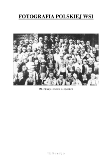 [A group of pupils with teachers] [An iconographic document]