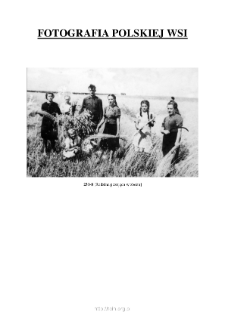 [A family posing in a field] [An iconographic document]