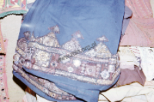 Fragment of a geometric pattern on the skirt (Iconographic document)