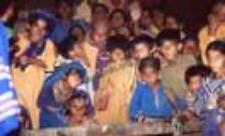 Kobieta i dzieci z plemienia Mallikani Jat, Sindh (Dokument ikonograficzny)