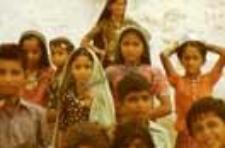 Portrait of children and teenagers, kachchi rabari (Iconographic document)