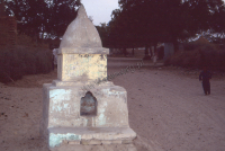 Hindu shrine in the Thar desert (Iconographic document)