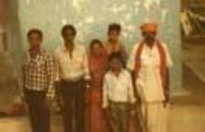 Kapłan świątynny z rodziną (Dokument ikonograficzny)
