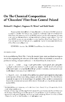 On The Chemical Composition of 'Chocolate' Flint from Central Poland