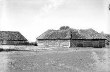 Wieś Wałkowce, pow. Borszczów (Podole) : typ chaty podolskiej