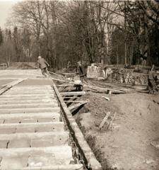 [Betonowanie pierwszego stropu budowli(4)]